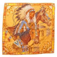 カレ90 シルクスカーフ APPARAT DES PLAINES 大草原の盛装 ブラウン