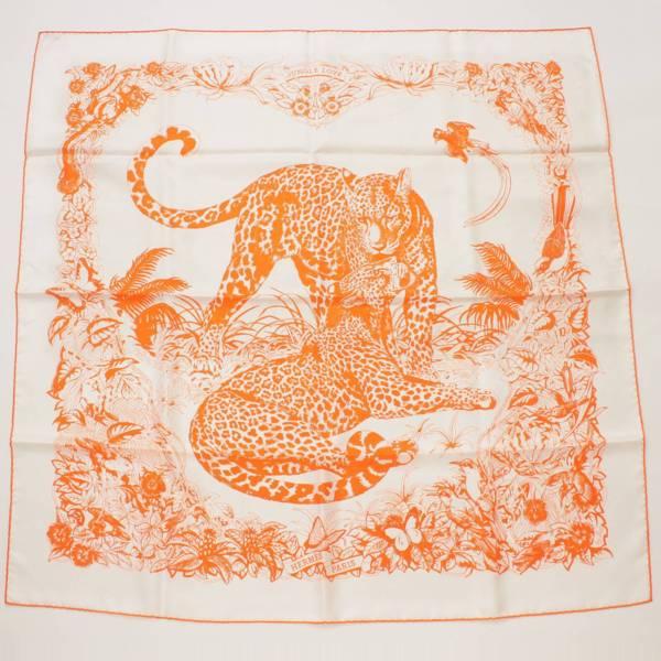 カレ90 シルクスカーフ Jungle Love ホワイト×オレンジ